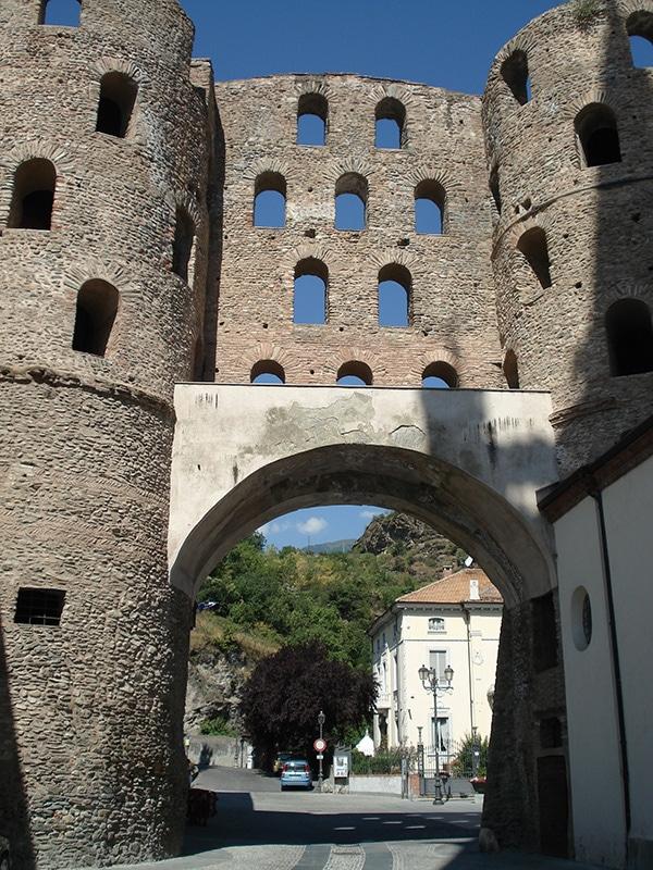 Porta Savoia Susa