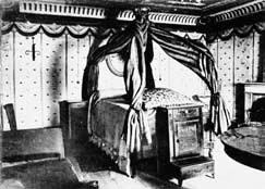 Immagine della camera di Napoleone I presso l'Ospizio del Moncenisio.