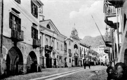 Susa, antica immagine di via Palazzo di Città, Chiesa di San Carlo.