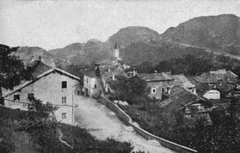 Giaglione. Antica immagine del paese.